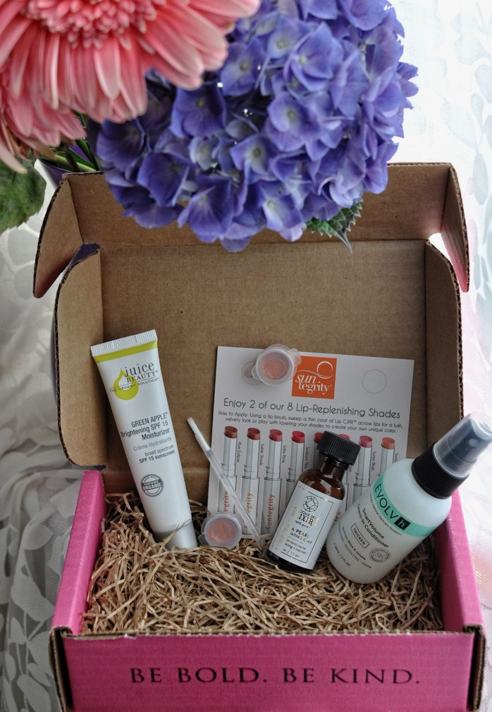 Petit Vour Box June 4