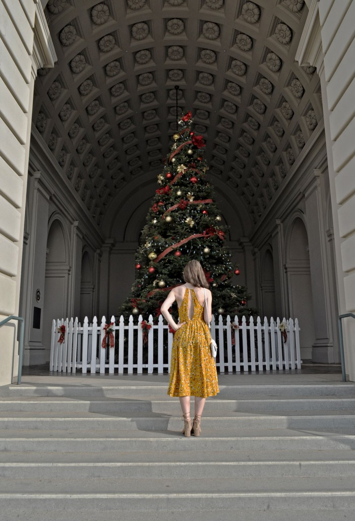 yellow-dress-christmas-tree-1